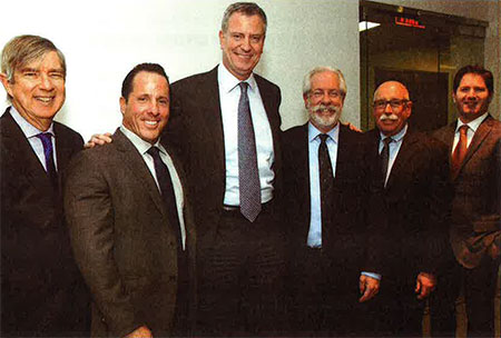 Plumbing Foundation members meet Mayor deBlasio